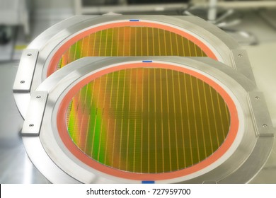 Silicon wafer on equipment for working,  semiconductor