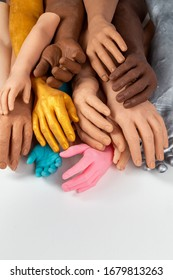 Silicone prosthetic hands of different colors and sizes, medicine briht implants for person