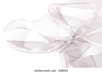 silver bow ribbon