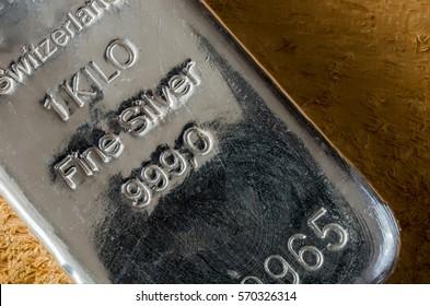 Silver Bullion Bar. 1 kilo fine silver bar.