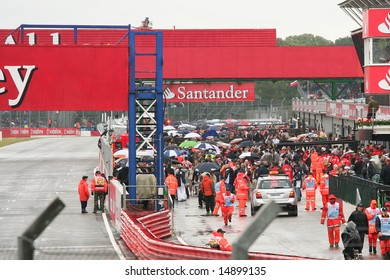 SILVERSTONE, UK - JULY 7: Pit lane before the start of the British F1 Grand Prix 2008
