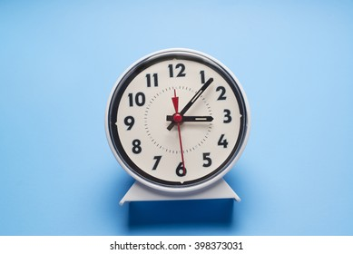 Simple alarm clock/Alarm clock/Alarm Clock used for waking up