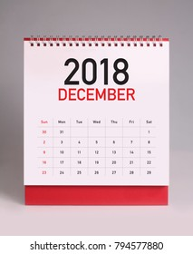 Simple desk calendar for December 2018