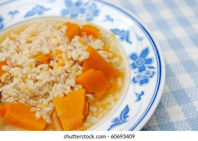 Simple and healthy porridge cooked with sweet potato. For diet and nutrition, healthy eating and lifestyle concepts.