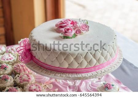 Simple One Layer White Wedding Cake Stock Photo Edit Now 645564394