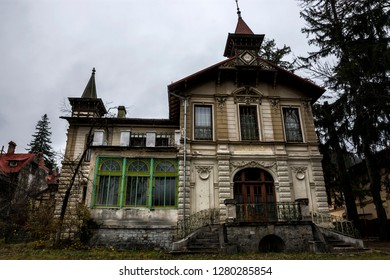 SINAIA, ROMANIA - NOVEMBER 7, 2018. Sinaia documentary project. Abandoned house in the center of Sinaia, Prahova Valley. House Albert Litman (Vila Margot).