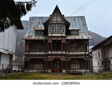 SINAIA, ROMANIA - NOVEMBER 7, 2018. Sinaia documentary project. House of General  George (Gheorghe) Ionescu-Sinaia, abandoned house in the center of Sinaia, Prahova Valley.