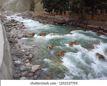 Sindhu river flowing in Kashmir