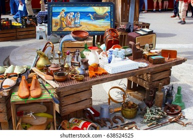 SINEU, MAJORCA, SPAIN- May 20. Retro radio, vintage stuff, old furniture, souvenirs and home decorations at the popular outdoor flea market on May 20, 2015 in Sineu.