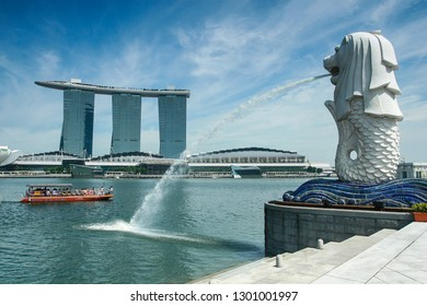 Singapore, 09/30/2011, the Merlion Statue at the Merlion Park overlooks Marina Bay, is Singapore's most famous city icon.