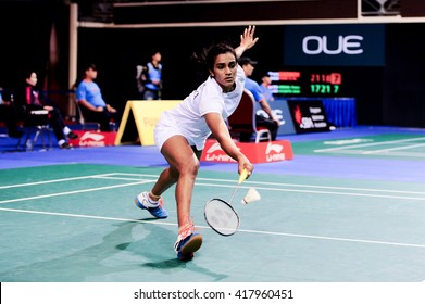 Singapore - 14 April 2016: Womens singles Pusarla V. Sindhu of India versus He Bingjiao of China in OUE Singapore Open 2016 round of 16.
