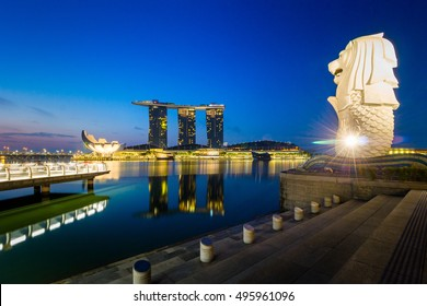Singapore - 2016: Merlion and Marina Bay Sands is a well known icon of Singapore.