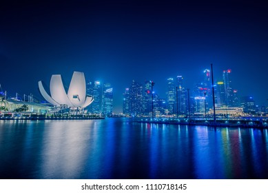 Singapore : 2018, jan 23 - View of Marina Bay Sands in the night at Singapore.