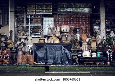 Singapore 2018 Junkie's Corner vintage antique store front, a treasure trove of old second hand furniture and homeware. Locals come here to explore this place of interest, and hunt for knick knacks