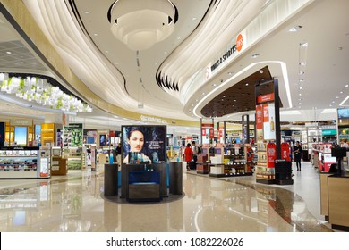 SINGAPORE - APR 22, 2018: Cosmetic , Wines and Spirits duty free store at Singapore Changi Airport Terminal 4. Changi Airport is one of the largest transportation hubs in Southeast Asia.