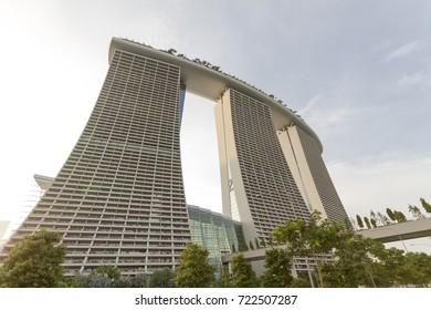 SINGAPORE, SINGAPORE - APRIL 12, 2014 : Evening time, Marina Bay Sands