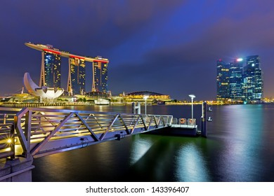 SINGAPORE - APRIL 6: World's most expensive standalone casino property at US$ 6.3 billion. Marina Bay Sands Hotel dominates the skyline at Marina Bay April 6, 2013 in Singapore.
