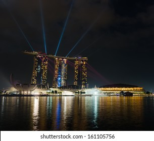 SINGAPORE - APRIL 7: View of Marina Bay Sands resort on april 7, 2011 in Singapore. Night Scene.