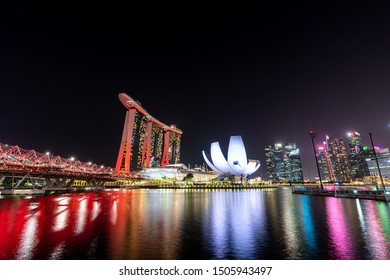 Singapore, Singapore - Aug 3, 2019 : View at Singapore Marina Bay Sand Casino Hotel and Art Science museum in cityscape landmarks.
