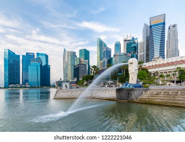 Singapore city - August 13 2014: The popular merlion fountain in Singapore city.