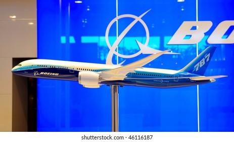 SINGAPORE - FEBRUARY 03: Boeing 787 Dreamliner model on display at Singapore Airshow February 03, 2010 in Singapore