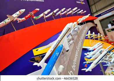 SINGAPORE - FEBRUARY 03: Variety of aircraft models at Singapore Airshow, February 03, 2010 in Singapore