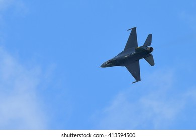 SINGAPORE - FEBRUARY 16:  USAF F-16C/D Fighting Falcon performing aerial display at Singapore Airshow February 16, 2016 in Singapore