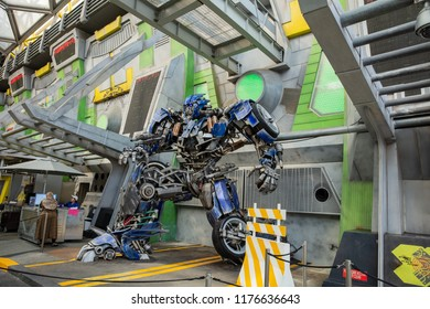 SINGAPORE - FEBRUARY 17, 2017: Robot Model to promote TRANSFORMERS The Ride at Universal Studio