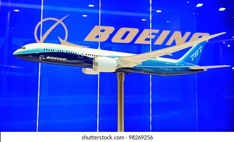 SINGAPORE - FEBRUARY 17: Boeing 787 Dreamliner model plane on display at Singapore Airshow February 17, 2012 in Singapore