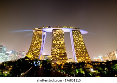 SINGAPORE - JAN 23: Marina Bay Sands, World's most expensive standalone casino property in Singapore at S$8 billion on Jan 23, 2014