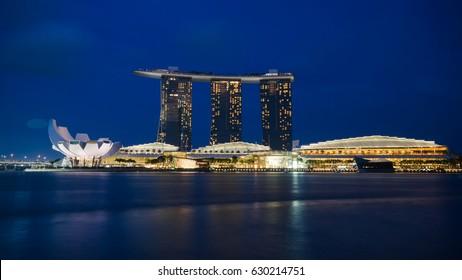 SINGAPORE - JANUARY 9, 2017: Amazing night cityscape at Marina Bay, The most popular sightseeing for tourists of Singapore city.