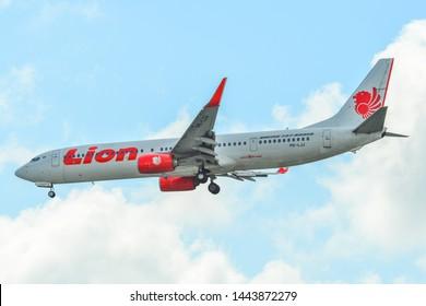 Singapore - Mar 26, 2019. Lion Air PK-LJJ (Boeing 737-900ER landing at Changi Airport (SIN). Changi hits record 65 million passengers in 2018.