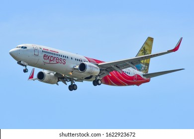 Singapore - Mar 27, 2019. VT-AXX Air India Express Boeing 737-800 landing at Changi Airport (SIN). Changi serves more than 100 airlines flying to 400 cities.