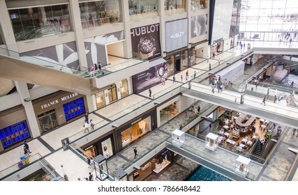 SINGAPORE - MARCH 13: interior of The Shoppes shopping mall on March13, 2017 in Singapore. The Shoppes at Marina Bay Sands(R) is one of Singapore's largest luxury shopping malls.