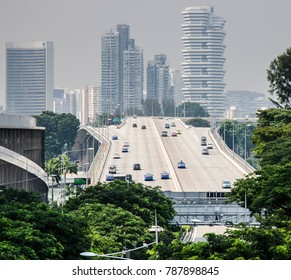 SINGAPORE, MARCH 13: Sheares Avenue on March 13, 2017 in Singapore. Singapore is the world's second most dense nation state, with 7,148 people per square kilometre.