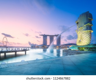 SINGAPORE, May 12 2015 : The Merlion fountain and Singapore skyline. A mythical creature used as a mascot and national personification of Singapore.