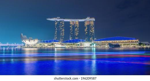 SINGAPORE -May 9: Wonderful laser show at the Marina Bay waterfront in Singapore. Marina Bay Sands Hotel dominates the skyline at Marina Bay on may 9, 2014.