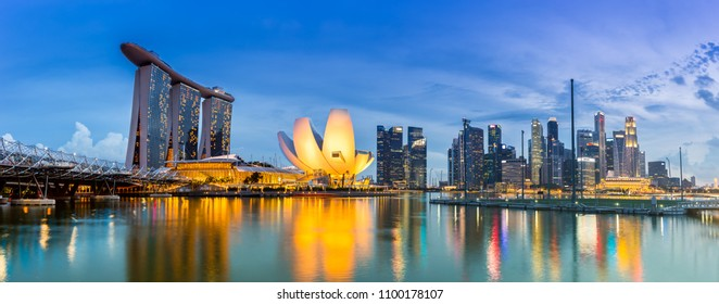 SINGAPORE - May8, 2016:View of Marina Bay Sand during sunset time