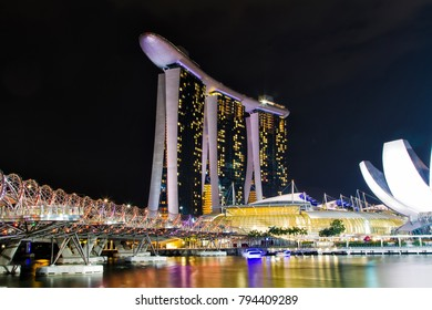 SINGAPORE - NOVEMBER 13, 2013: Marina Bay Sands, designed by Moshe Safdie, the integrated resort casino and shopping center in Singapore. November 13, 2013