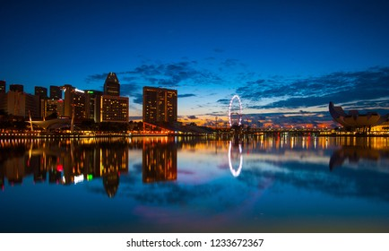 Singapore, November 3 2018 ; Photograper vacation at singapore, night shoot cityscape and daylight