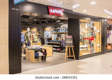 1ae2969573601 SINGAPORE - OCT 19   Levi s Store at ION Orchard shopping mall on October 19