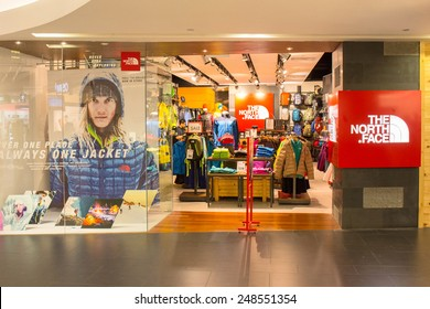 6451d90f1fd9e SINGAPORE - OCT 19   The North Face Store at ION Orchard shopping mall on  October