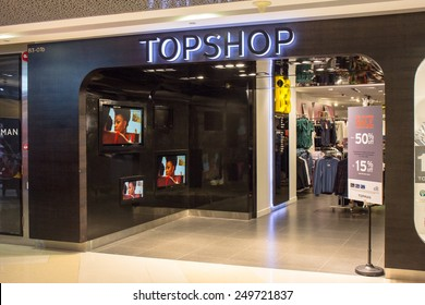 SINGAPORE - OCT 19 : Topshop Topman Store at ION Orchard shopping mall on October 19, 2014. Ion Orchard is the one of famous shopping malls in Singapore.
