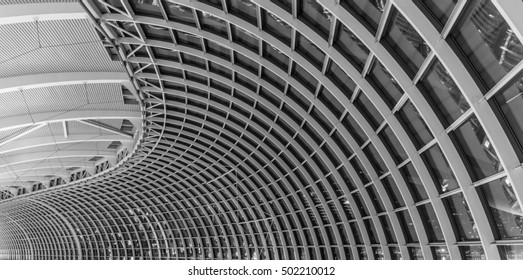 SINGAPORE, SINGAPORE - OCTOBER 12, 2016: View of the architectural structure of the dome of the The Shoppes at Marina Bay Sands shopping mall