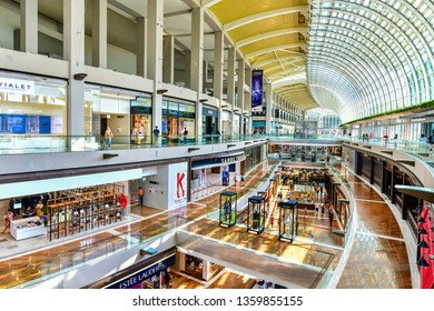 SINGAPORE -OCTOBER 1,2018: The Shoppes at Marina Bay Sands, It's is one of Singapore's largest luxury s expensive brand shopping malls