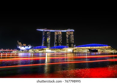 SINGAPORE - OCTOBER 16, 2017: Night view and long exposure light of Marina bay sands, Art Museum, at Marina Bay, Marina Bay Sands hotel is the one famous and landmark tourist attraction in Singapore
