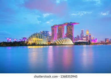 SINGAPORE - OCTOBER 27: Overview of the marina bay with Marina Bay Sands on October 27, 2018 in Singapore.