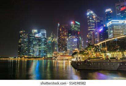 SINGAPORE - OCTOBER 28, 2016: Merlion Park on October 28, 2016.