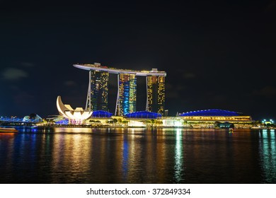 SINGAPORE - OCTOBER 30: Overview of the marina bay with Marina Bay Sands on October 30, 2015 in Singapore.