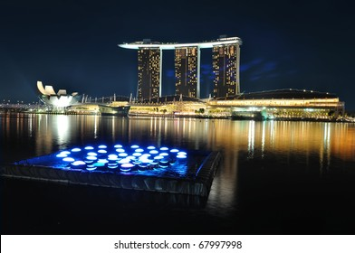 SINGAPORE -OCTOBER 30:Asia's First Sustainable Light Art Festival at Marina Bay October30, 2010 in Singapore.The festival aims to celebrate the nightscape with the use of energy-efficient lighting.